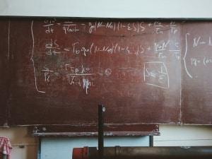 Unschärferelation im Bohrschen Atommodell